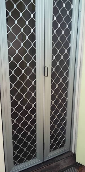 Bi-fold Security Door Standard Grille